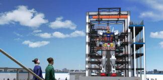 Ein neuer Gundam wird in Yokohama aufgestellt